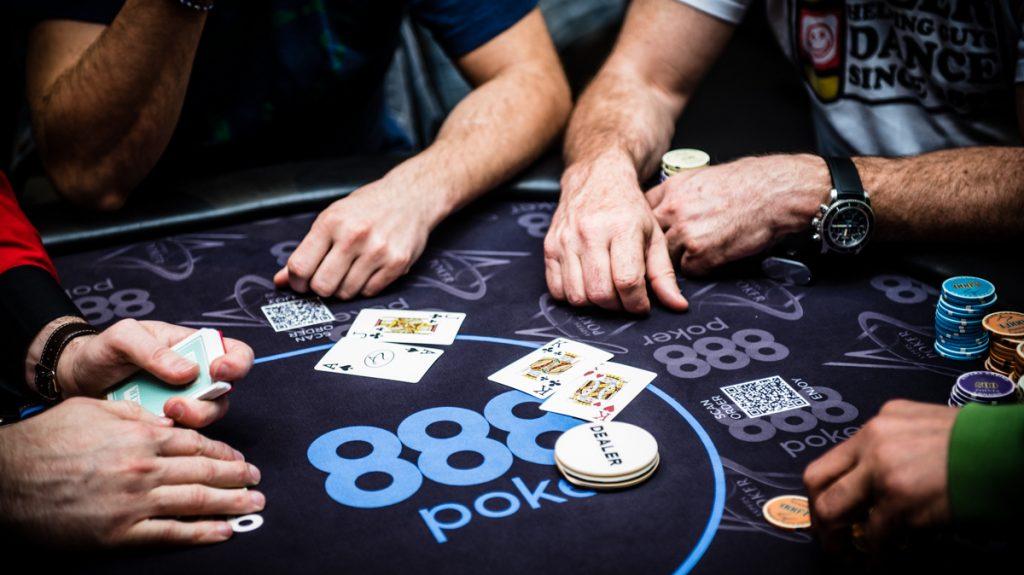 скачать 888 покер